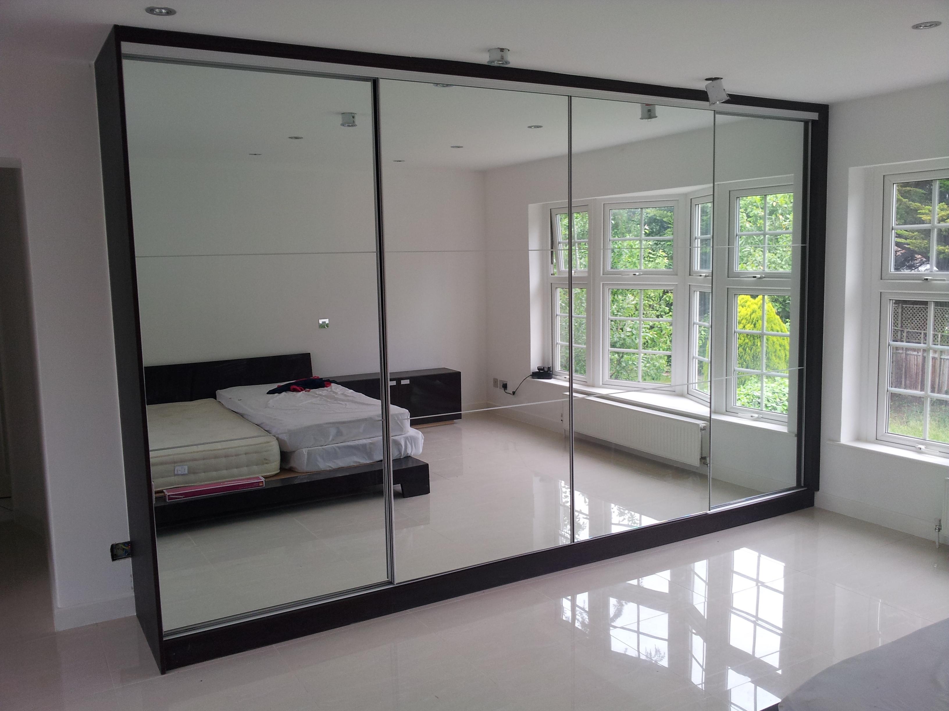 sliding door wardrobe sliding wardrobes london. Black Bedroom Furniture Sets. Home Design Ideas
